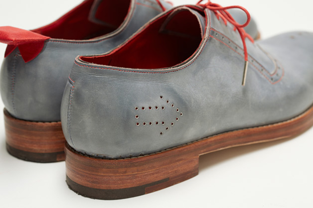 Dominic Wilcox GPS shoes